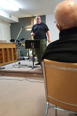 Alan sharing at Teen Challenge Ontario chapel service